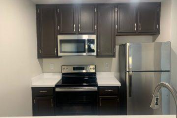 Flora Vista Apartment Unit Kitchen