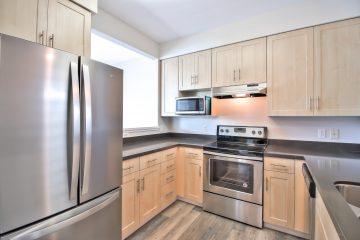 Catalina Apartments Kitchen