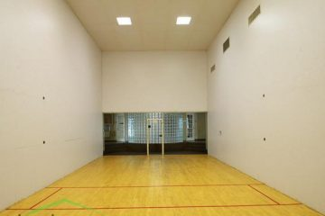Sun Chase Apartments Racquetball Court