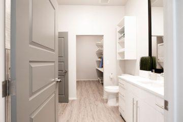 C9 Flats Apartment Unit Bathroom