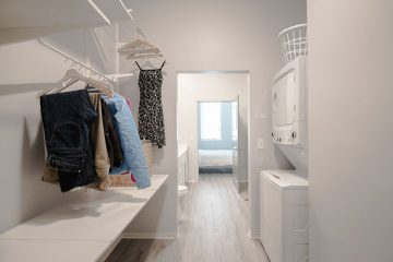C9 Flats Apartment Laundry Room