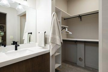 Costume Property Apartment Unit Bathroom & Closet